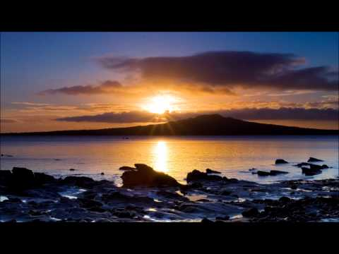 TUNE: Veselin Tasev - After Sunset 2009 (Arctic Moon Remix)