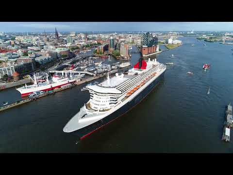 4K   The legendary Queen Mary 2   Spectacular Harbour Tour Hamburg with Drone Shots
