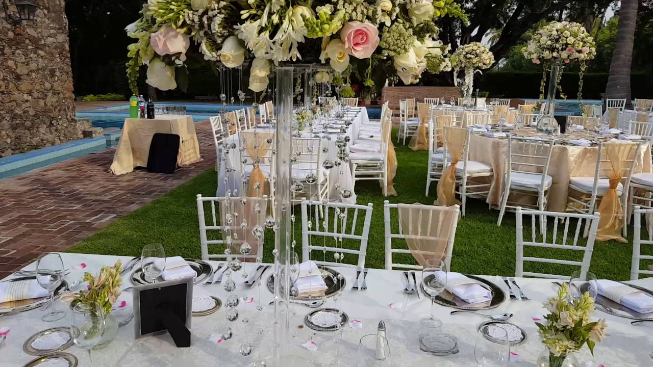 Df decoracion para boda en jardin youtube for Boda en un jardin de noche