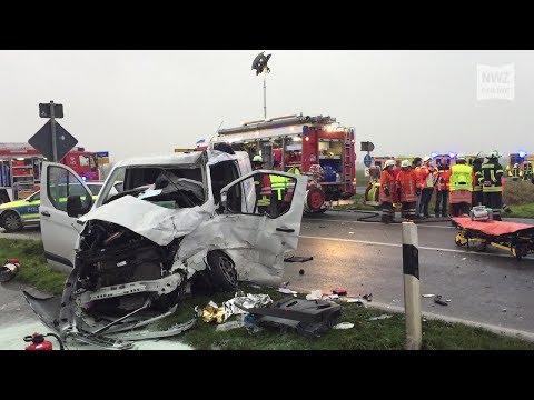 Schwerer Unfall mit Schulbus in Brake