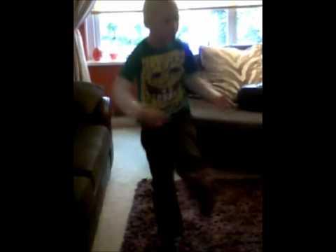 Mac-Moves like Jagger, Maroon 5.wmv