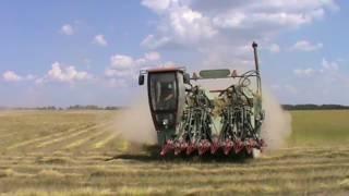 начало уборка льна 2016(Пружанский льнозавод орендует землю для выращивания льна посев иобработку производит своими силами на..., 2016-07-05T20:08:44.000Z)