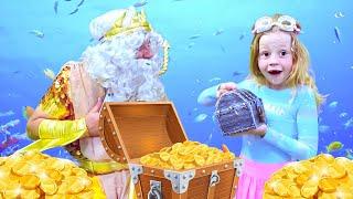 Nastya e o papai encontraram um tesouro no mar