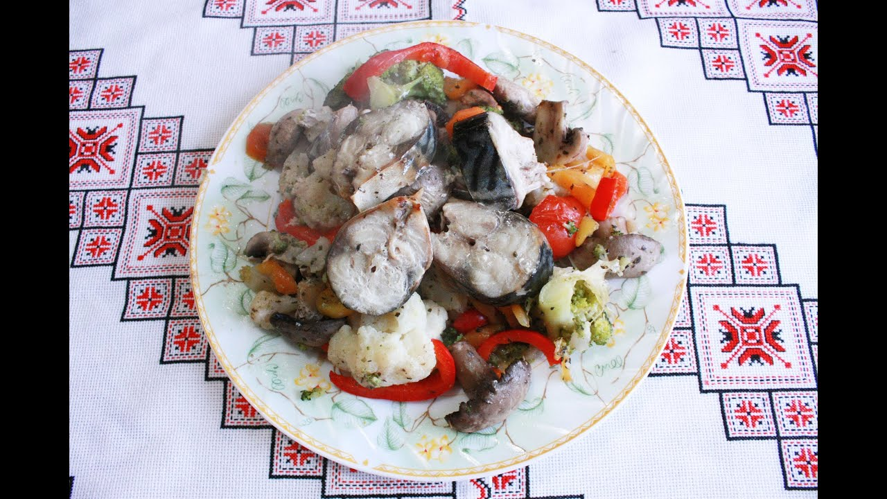 Овощи в духовке Постные блюда Рыба с овощами Рыба под овощами Скумбрия с овощами Овочі в духовці