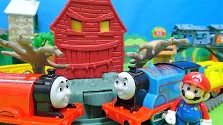 機関車トーマスにジェームスがぶつかっちゃったよぉ~♪お化けがでてくる線路だよぉ~♪ゆうぴょん♪♪985 thumbnail