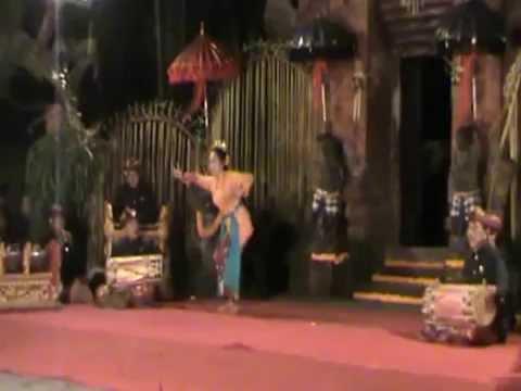 Living Legend Bali Dancer: Gusti Ayu Raka Rasmi