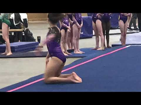 @TheBuffShow - Donna Is Doing Gymnastics In Florida!
