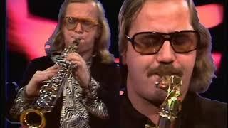 Passport (feat. Klaus Doldinger) - Uranus (1971)
