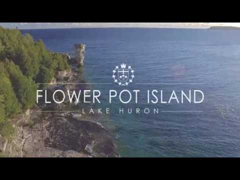 Flower Pot Island / Fathom Five National Marine Park