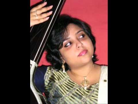 kasturi-bandopadhyay-sings-'umag-rahi-radha'-from-geet-govind.wmv