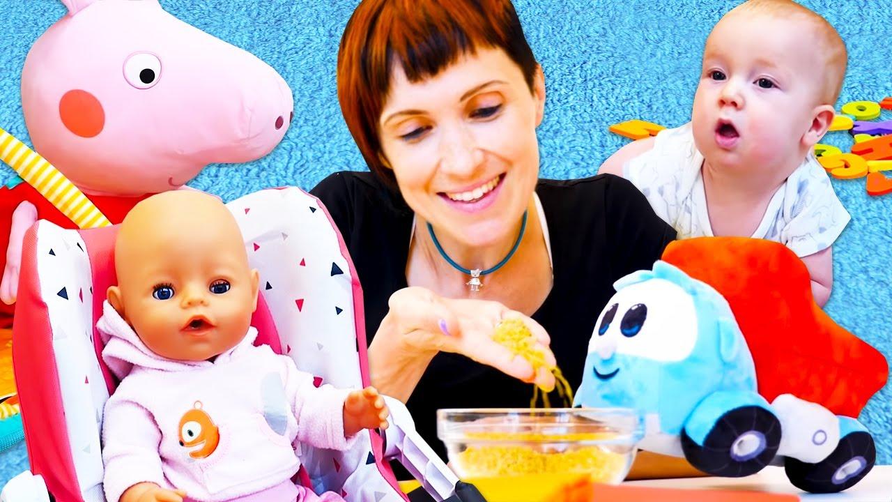 Peppa Pig aprende a fazer mingau! Aprendendo a ser mamãe. Historinha com a boneca Baby Born