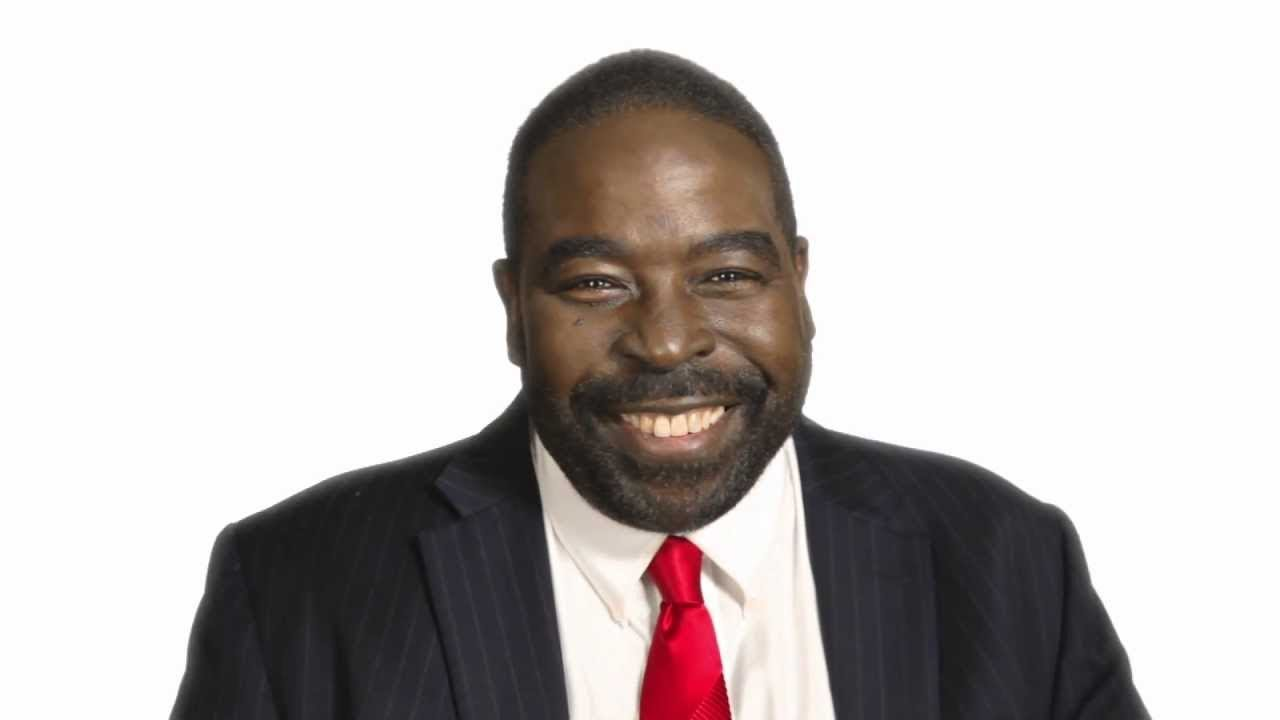 PAUSE IN THE MOMENT! - April 15, 2013 - Les Brown Monday Motivation Call