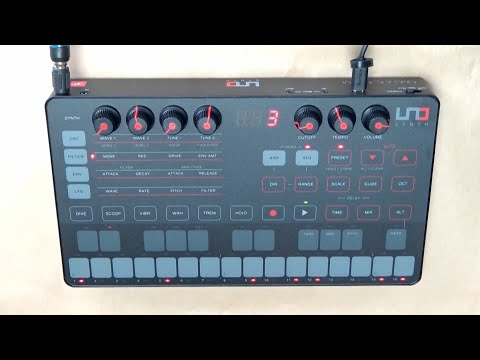 IK Multimedia UNO Synth - Jamming With Factory Presets