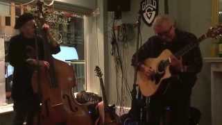 Martin McNeill and JJ Zarbo performing Fine little Mama at Peggy Sues, Leigh-on-Sea 19th Oct 2015.