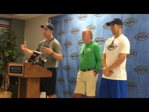Retired Peyton Manning enjoys spending time with college quarterbacks