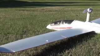 Flying the ST Models DG-1000 EPO Brushless Glider