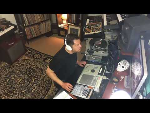 SMBB2: Live beat building on MPC 2000XL SP404sx Original Air Date May 14