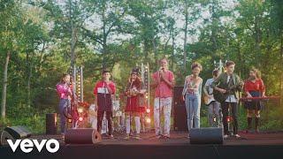 Les Enfants de la Terre, Yannick Noah - Les lionnes (Clip officiel)