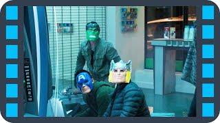 Драка с грабителями банкоматов — «Человек-паук: Возвращение домой» (2017) сцена 2/3 HD