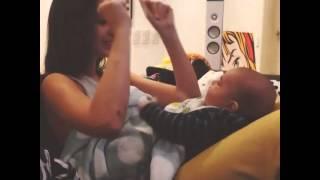 Natalie Vertiz Jugando Con Liam