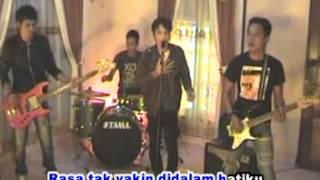 Download Lagu Dunia Kita Berbeda ,cken four band mp3