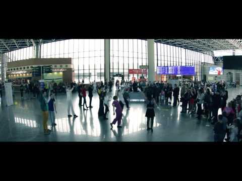 Видео: Танцевальный флешмоб в Международном аэропорту Сочи