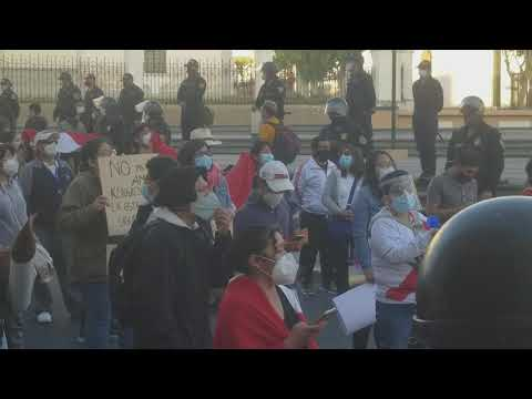 Manifestation à Arequipa le 12 novembre 2020 contre la destitution de Vizcarra