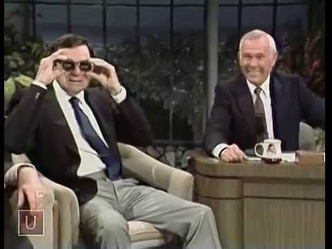 Walter Matthau Telling a Funny Story on Johnny Carson (1982)