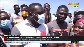 Awoshie Highway Demonstration: Residents protest against malfunctioning traffic lights (4-8-20)