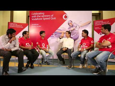 Harsha celebrating with the winners of the Vodafone Speed Quiz