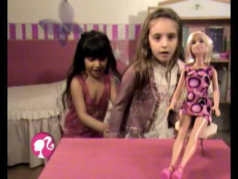 "Barbie Commercial Alternative from Argentina ""Un Mundo Distinto"""