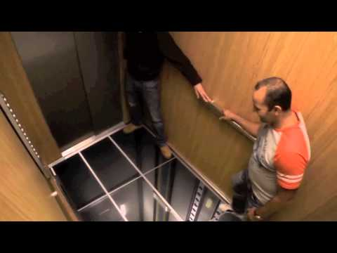 ELEVATOR PRANK, LG TV MONITORS, SCARY