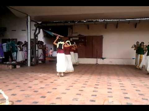 Karisma Sherlith-Onam Dance