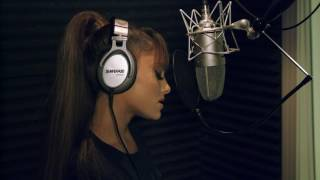 Gambar cover Beauty and the Beast: John Legend & Ariana Grande Behind the Scenes Song Recording