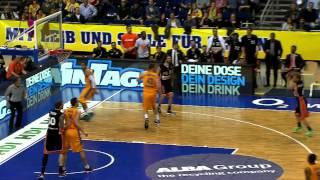 Highlights: Viertelfinale 3 ALBA - Ulm 64:71