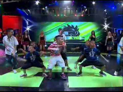 Simon & Los Wachiturros con Los MiniTurros en A TODO O NADA  11/11