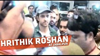 Hrithik Roshan, Ashutosh Gowariker Arrives At Jabalpur For Mohenjodaro
