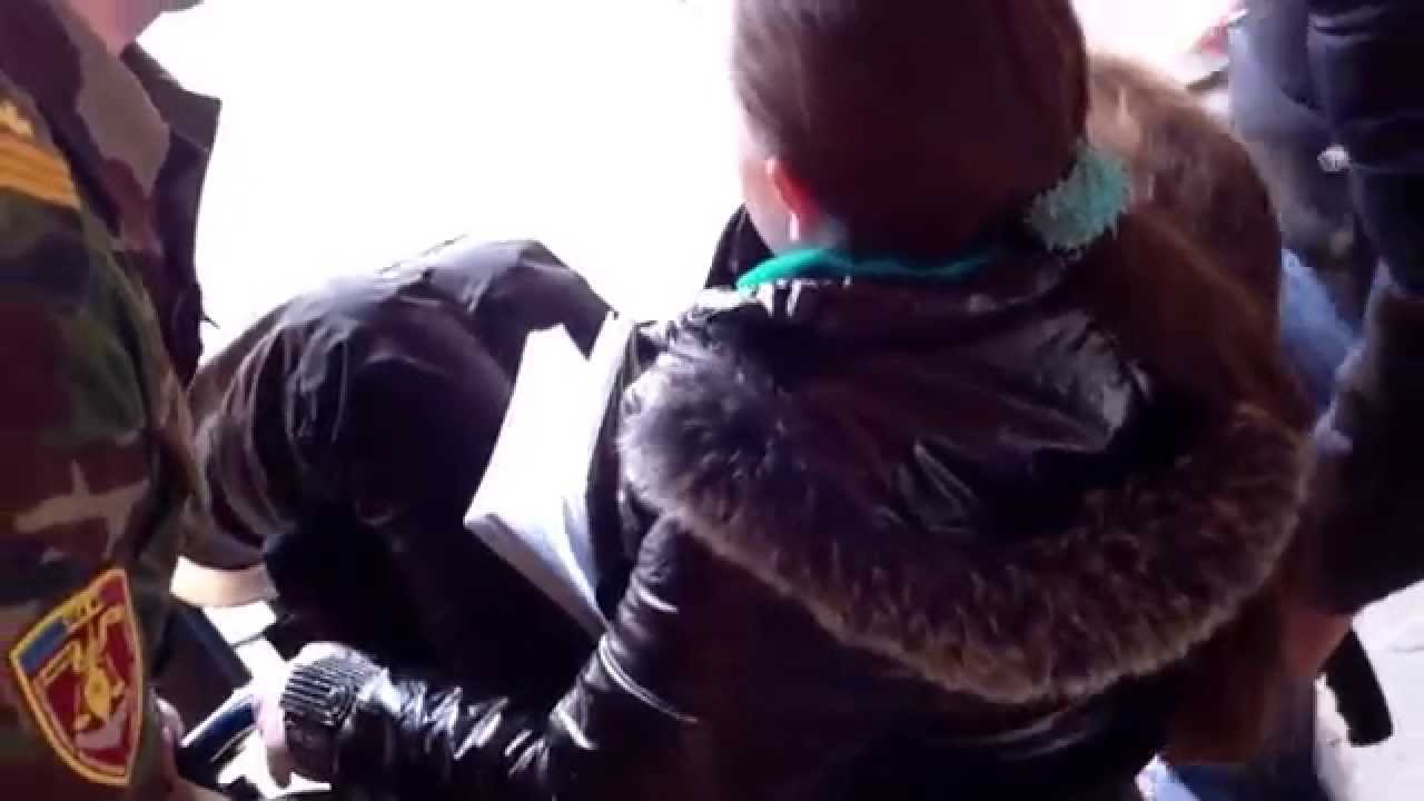 Deținută în cărucior se plînge de tratament inuman la #P13