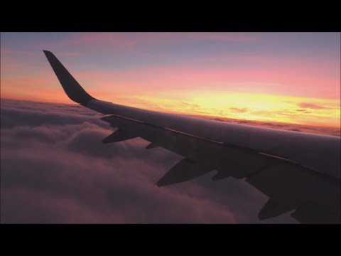 American Airlines Airbus A321-231 [N929AA] dawn takeoff from DFW