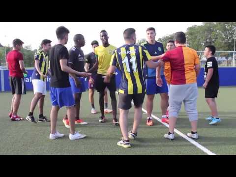 itsMert Ausländer beim Fussball
