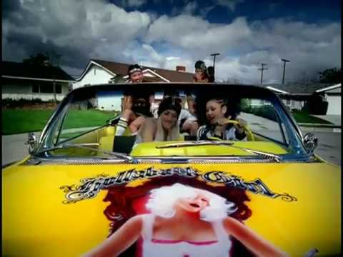 Gwen Stefani - Hollaback Girl Official Music Video
