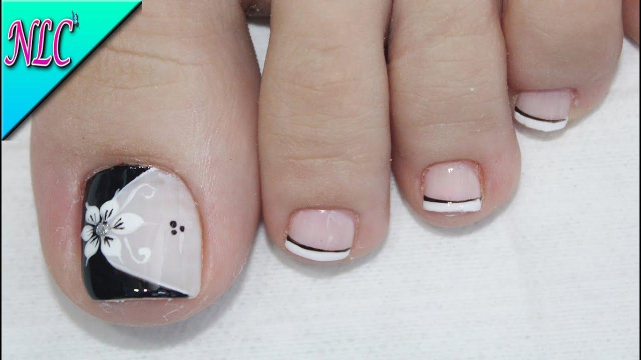 Dise o de u as para pies flor blanco y negro muy f cil - Modelo de unas pintadas ...