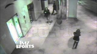 Ray Rice punches fiance in elevator full video + Goodell