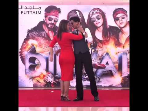 Shah Rukh Khan & Kajol Dancing On Gerua
