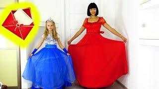 Polina y mamá van al baile con vestidos magníficos.