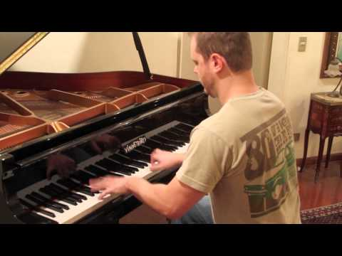 The Pirates of Caribbean theme song on piano - He´s a Pirate