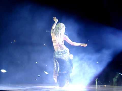 Shakira baile Ojos Asi! Barcelona Estadi olimpic 29/5/2011