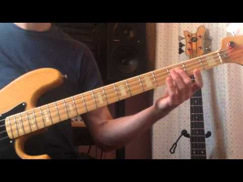How to play - Madness - Night Boat to Cairo - Bass lesson