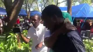 Aleck Macheso cries at mtukudzi funeral