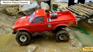 24  Авто Видео Приколы  Внедорожье по грязи на радиоуправляемой машинке